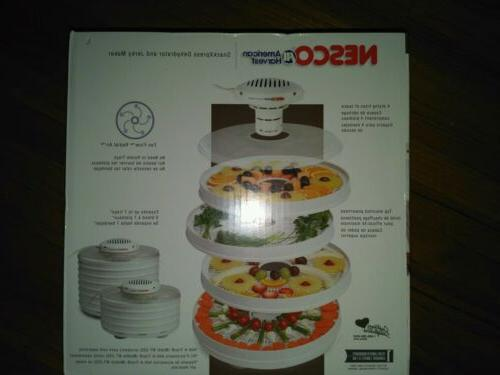Nesco® Harvest® Dehydrator MODEL